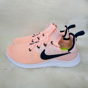 Nike Free Tr 8 Womens Sneakers